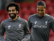 Salah, Van Dijk in Reds training