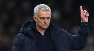 Mourinho bemoans striker shortage