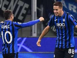 Gomez e Pasalic dell'Atalanta.