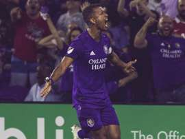 MLS Review: Nani scores twice in seven-goal thriller, Rooney sent off.