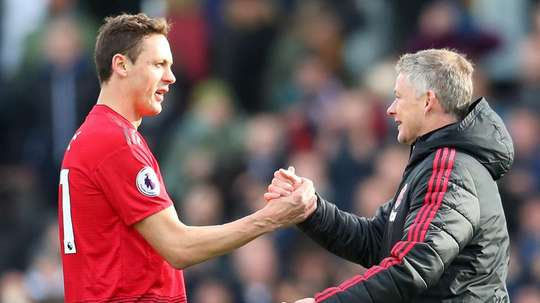 Matic soutient son coach. Goal