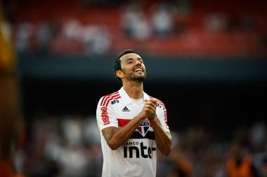 Nenê lamenta chance desperdiçada pelo São Paulo. Goal