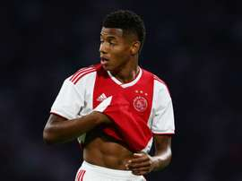 Neres commits to Ajax until 2022