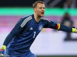 Low hints Neuer to start qualifiers.