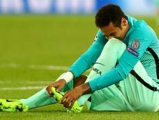 Neymar solitário, Marquinhos soberano e Ederson milagroso. Goal