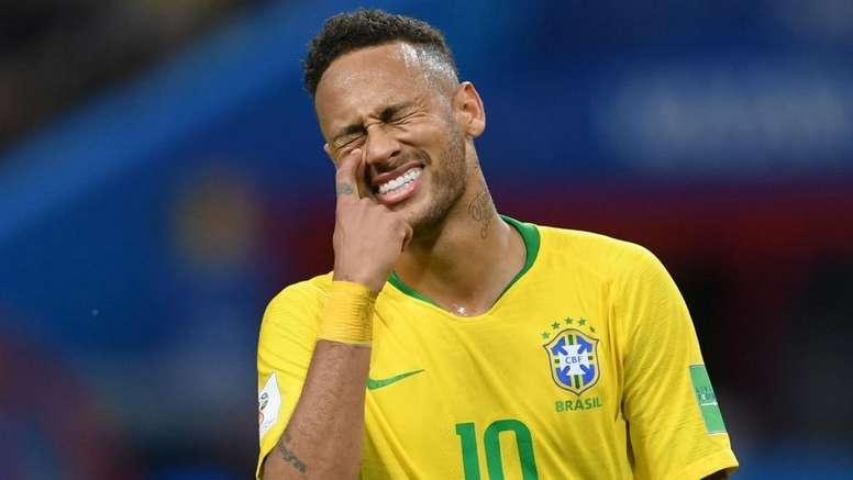 Técnico da França diz acreditar que lesão atrapalhou desempenho de Neymar na Copa