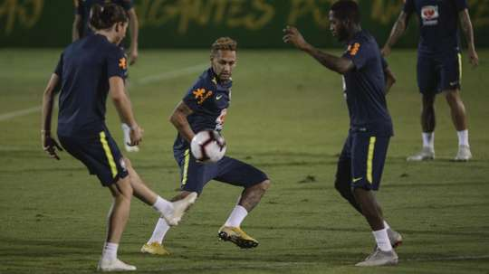 Neymar Brasil amistoso 19 10 18. Goal