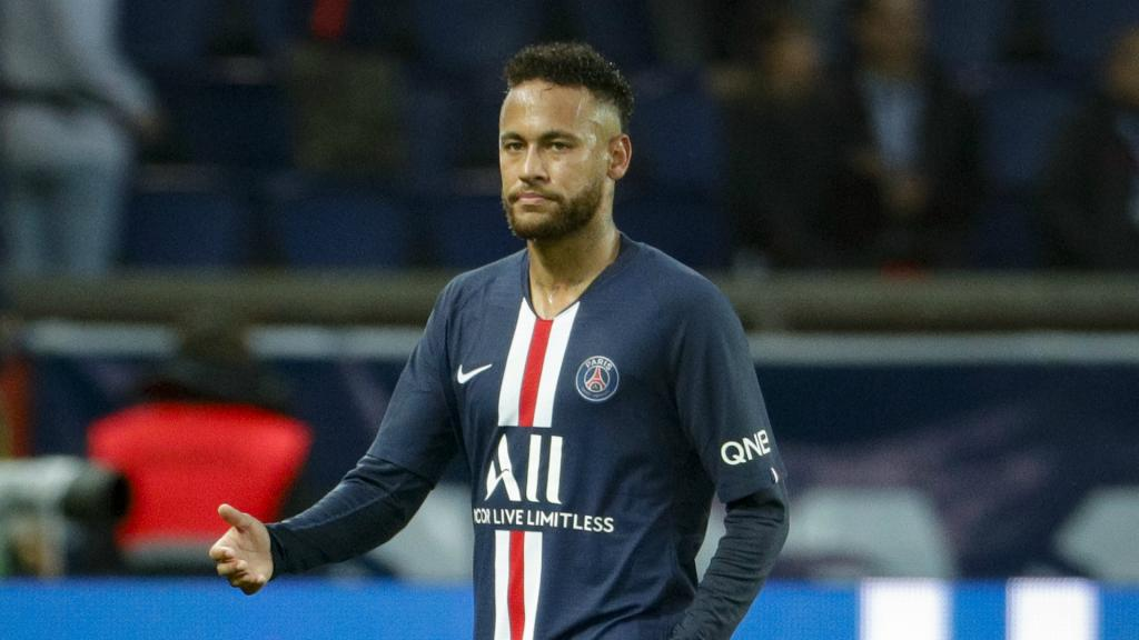 Barcas players offered to change contracts to sign Neymar