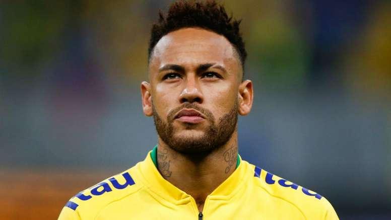 Neymar a 'spectacular' talent, says former Barca team-mate Xavi. GOAL