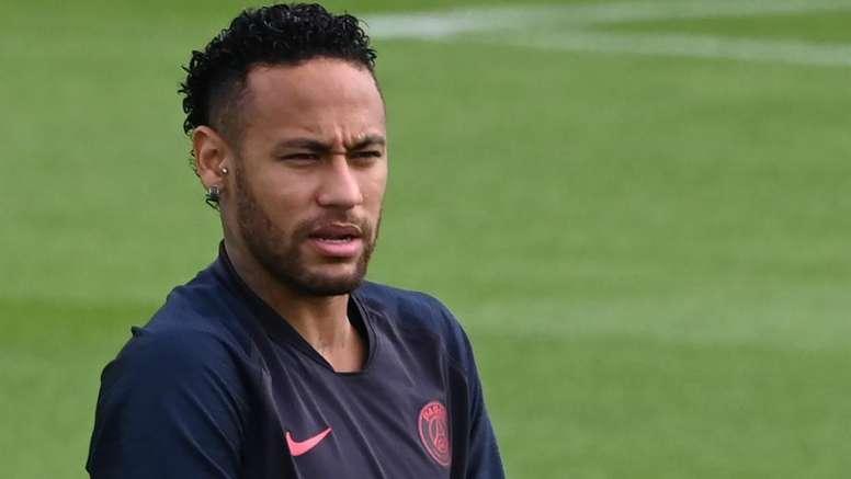 Mbappe talks about Neymar