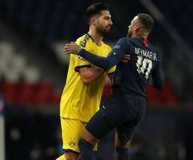 Neymar participou do lance da expulsão de Emre Can. Goal
