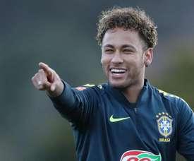 Neymar e Bruno Henrique devem ser as grandes novidades na Seleção