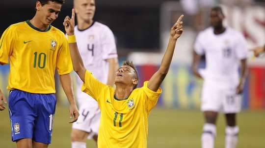 Neymar Paulo Henrique Ganso Brazil USA debut goal friendly 2010. Goal