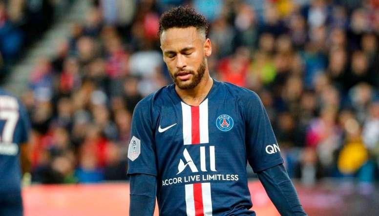 Kluivert revient sur le feuilleton Neymar. Goal