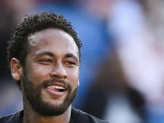 Neymar e o PSG vão com tudo pela Champions. EFE