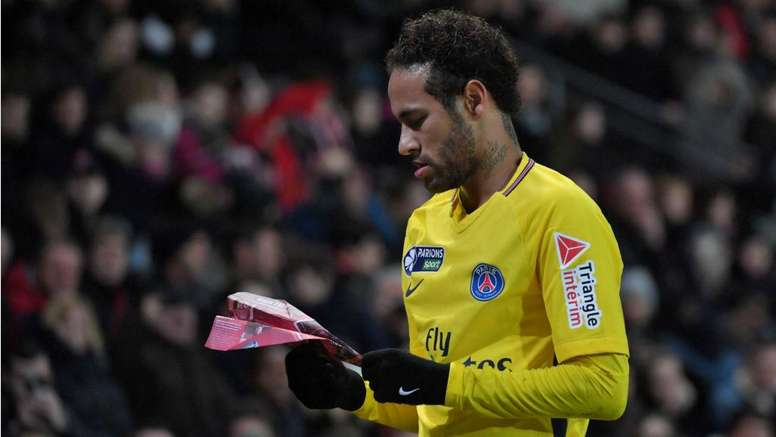Neymar já se fartou de estar no PSG. Goal