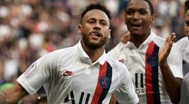 Kaka pense que Neymar a fait le bon choix en restant à Paris. AFP