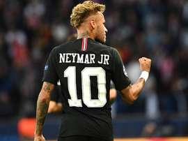 Neymar comando a festa em Paris. Goal