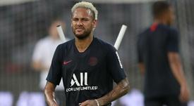 PSG é multado por xingamentos de torcida a Neymar