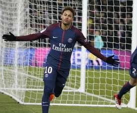 Neymar é 'culpado' por valores recorde pagos por goleiros, diz Schmeichel