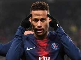 Neymar retourne au Brésil. Goal