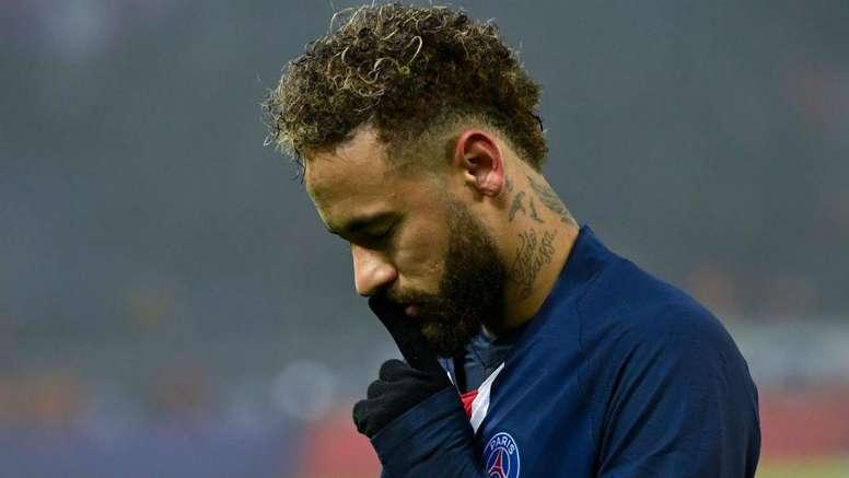 Delort et Neymar se sont accrochés après le match. goal