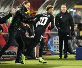 Neymar et les siens ont fini premiers de leur groupe de C1. Goal
