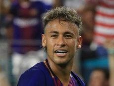 Barcelona reject Neymar phone call reports
