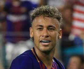 Barcelona reject Neymar phone call reports