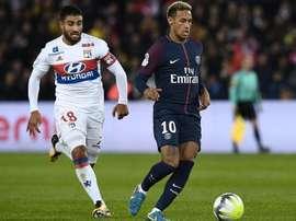 Neymar et Nabil Fekir, PSG-Lyon. GOAL