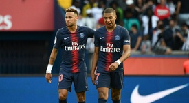 PSG deny they could sell star pair