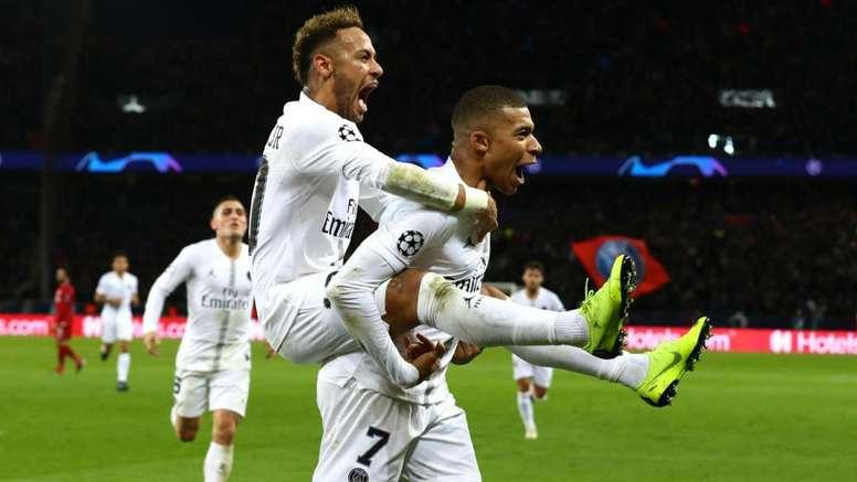 Perez hopes Zidane can lure both Neymar and Mbappe to Madrid