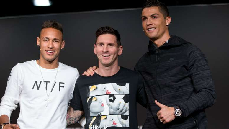 Messi and not Cristiano Ronaldo deserves to win the Ballon d'Or, according to Barcelona star. EFE
