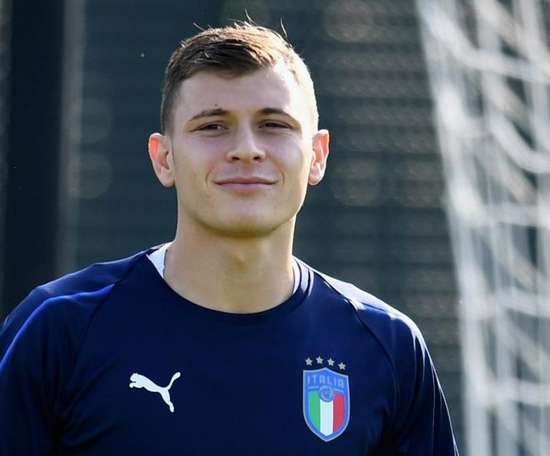 Inter sign Italy international Barella from Cagliari. GOAL