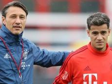 Abraçado por Thiago e lua de mel com Kovac: Coutinho em casa no Bayern