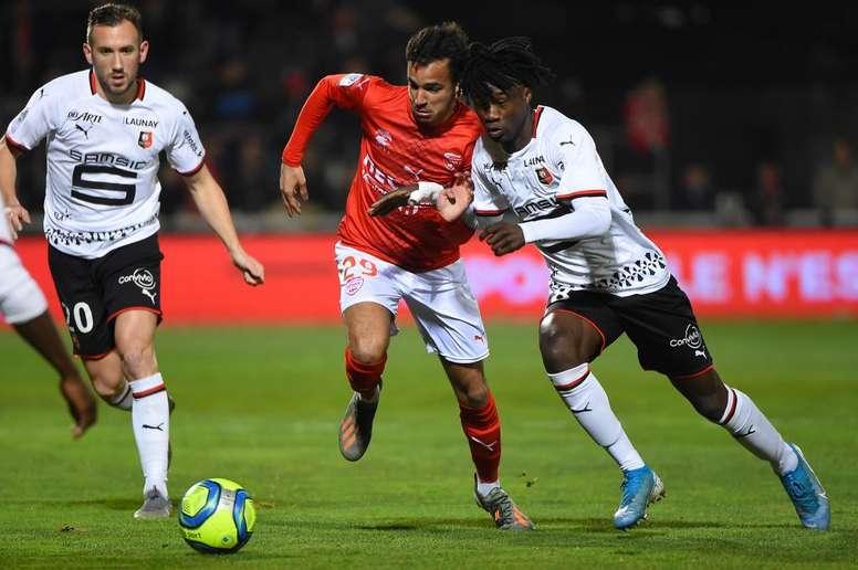 Vainqueur à Nîmes, Rennes revient à 5 points de l'OM. Goal