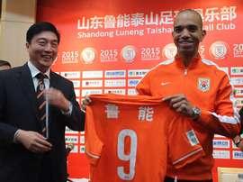 Bom momento do atacante na China. Goal