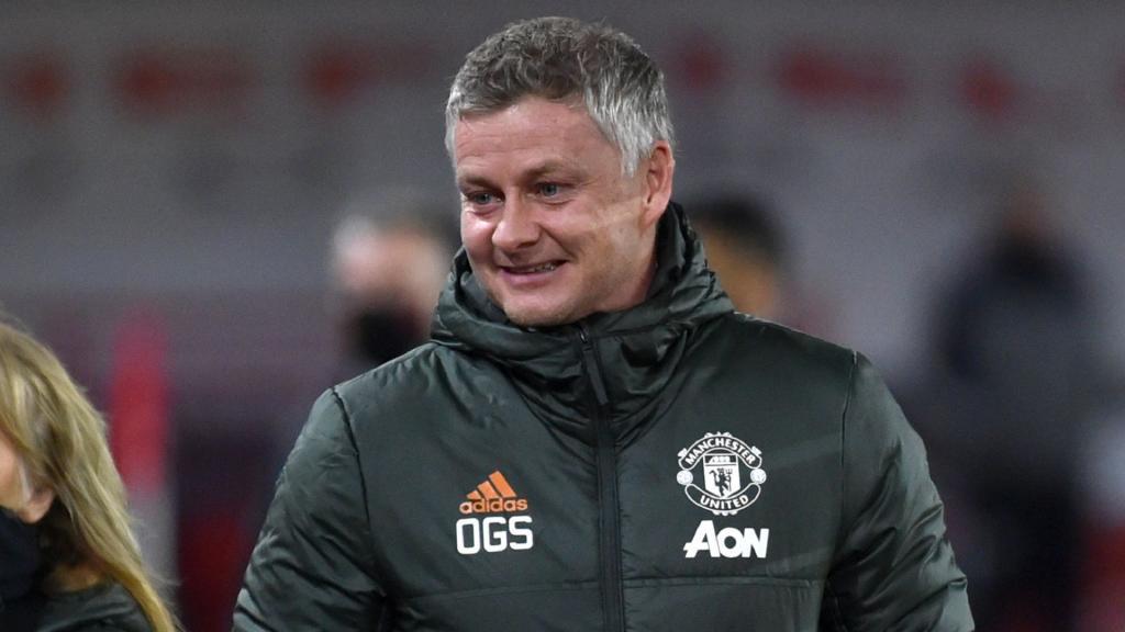 Solskjaer a une brillante idée pour Cavani — Manchester United