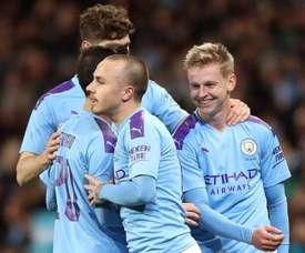 Ça passe pour City et Leicester, United devra rejouer. GOAL