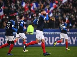 França 1 x 0 Uruguai: Bleus encerram o ano com vitória em amistoso, mas vêem Mbappé sair lesionado