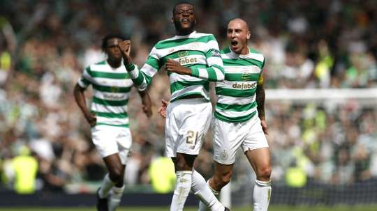 Ntcham doubled Celtic's lead over Motherwell. GOAL