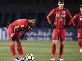 China discute subir de quatro para seis o números de estrangeiros por clube. Goal