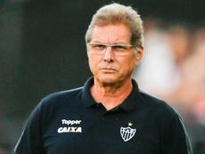 Oswaldo de Oliveira e o seu descontrole exagerado. Goal