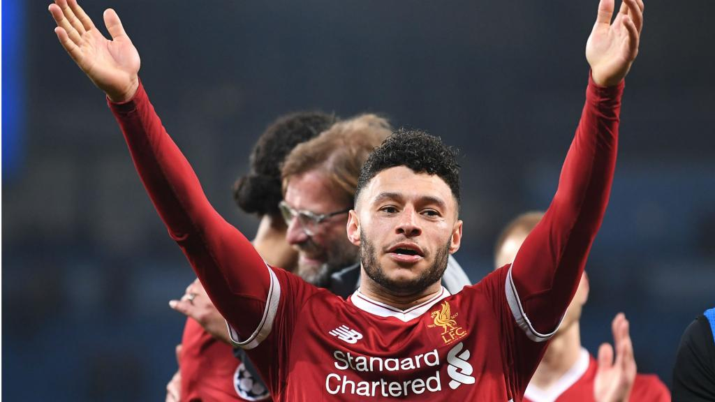 Klopp provides positive update on Oxlade-Chamberlain