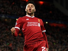 Oxlade-Chamberlain signs new Liverpool deal. GOAL