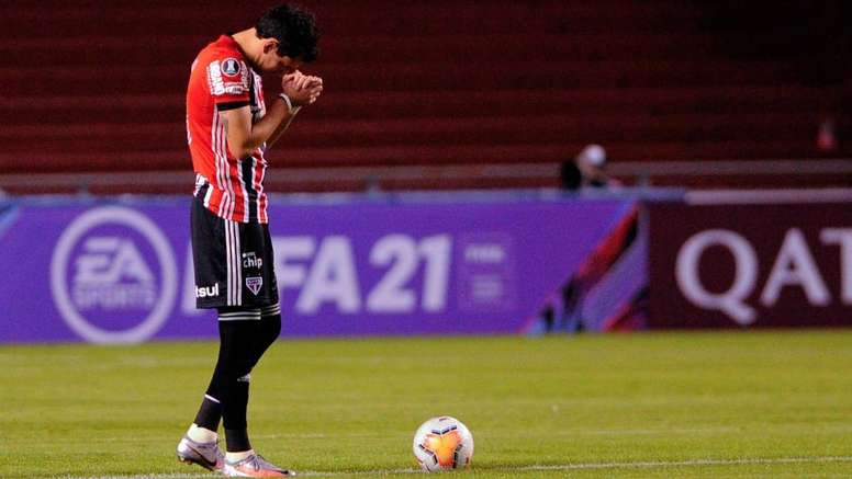 São Paulo desafia retrospecto recente desastroso contra argentinos para evitar novo vexame. AFP