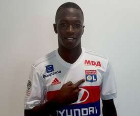 Lyon have completed the signing of midfielder Pape Cheikh Diop. GOAL