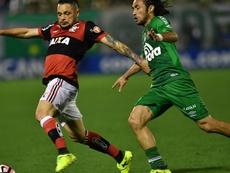 Pará tem sido aposta na lateral esquerda, desde a chegada de Rueda. Goal