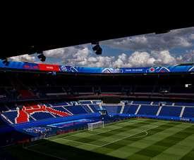 La jauge de spectateurs abaissée à 1000 personnes en France. AFP