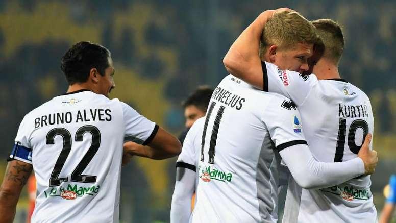 Il Parma torna a volare: al Tardini è 2-0 al Lecce. Goal